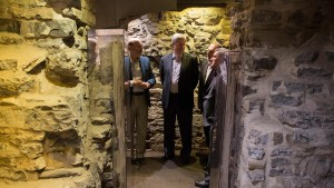 Prime Minister Stephen Harper touring Saint-Louis Forts and Châteaux
