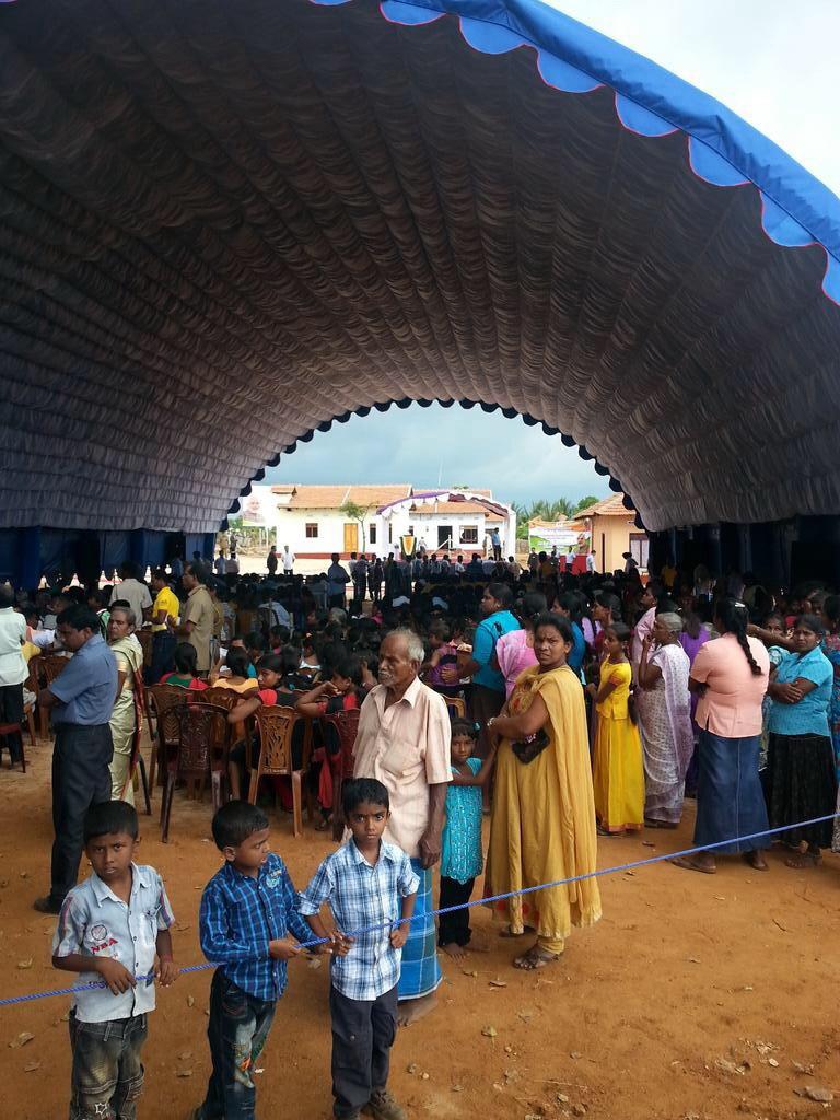 Tent set up to welcome PM Modi - pic: twitter.com-Maya Mirchandani